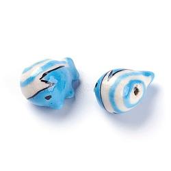 Perles de porcelaine imprimées manuelles, forme de baleine, bleu ciel, 14~15x19~20x12~13mm, Trou: 1.6mm(PORC-E015-06B)