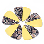 Yellow Triangle Resin Pendants(X-RESI-S374-09B)