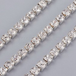 laiton strass chaînes de strass, strass chaînes de tasse, plaqué argent, cristal, 3.5x3.5x3 mm; 1 m / brin(CHC-XCP0004-05)