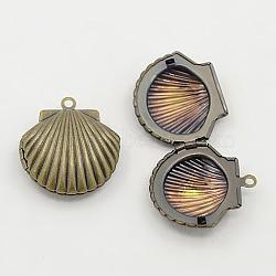 Pendentifs de médaillon en laiton, coquille, sans nickel, bronze antique, plateau: 15.5x13.5 mm; 23.5x22x9 mm, Trou: 1mm(X-KK-C3007-AB-NF)