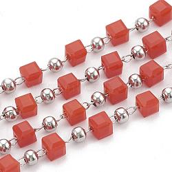 Chaînes de perles en verre manuels, soudé, avec bobine, accessoire en 304 acier inoxydable et perles en fer, cube, couleur inoxydable, rouge, 3 mm; environ 10 m/rouleau(CHS-S002-04)