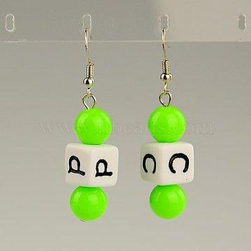 Boucles d'oreilles en acrylique à la mode, avec des lettres aléatoires et les crochets de boucles d'oreilles en laiton, lawngreen, 49mm(EJEW-JE00721-05)