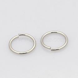304 нержавеющей стали закрыт, но распаяны, но разведены кольца прыжок, цвет нержавеющей стали, 5x0.6 мм; внутренний диаметр около 3.8 мм(STAS-N015-04-5x0.6mm)