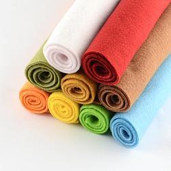 Feutre à l'aiguille de broderie de tissu non tissé pour l'artisanat de bricolage, carrée, couleur mixte, 298~300x298~300x2 mm; 10 pcs / sac(DIY-Q008-M)