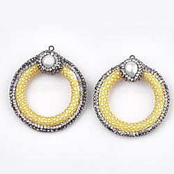 Pendentifs en similicuir, avec argile polymère & strass & coquille & accessoires en fer, peau de serpent imitation, anneau, jaune, 48.5~52.5x45~47x15~17mm, Trou: 1.8mm(X-RB-T006-06C)