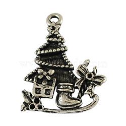 Traîneau en alliage tibétain avec christmas tree et cadeaux pendentifs émail, sans plomb et sans nickel, argent antique, 29x22x4mm, Trou: 2mm(X-PALLOY-4128-AS-FF)