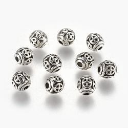 Perles en alliage, ronde avec la croix, argent antique, 6mm, Trou: 1.6mm(PALLOY-G234-17AS)