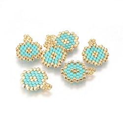 Pendentifs miyuki® et toho® faits à la main de perles de rocailles japonaises, motif de tissage, plat rond, turquoise, 15~16x12~12.5x1.7mm, Trou: 2mm(SEED-A027-MA03)