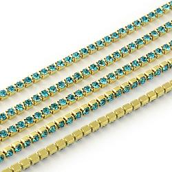 chaines de strass en laiton sans plaqué sans nickel, chaîne de tasse de rhinestone, 1440 pcs strass / bundle, Grade A, aigue-marine, 3.7 mm, 6 m / bundle(CHC-R119-S16-17C)