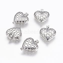 Pendentifs de médaillon en laiton, pendentifs cage, cœur, en filigrane, platine, 25.5x21x7mm, trou: 2x3 mm; intérieure: 15x18 mm(KK-P115-04P)
